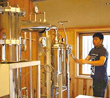 屋久島産精油工場の見学